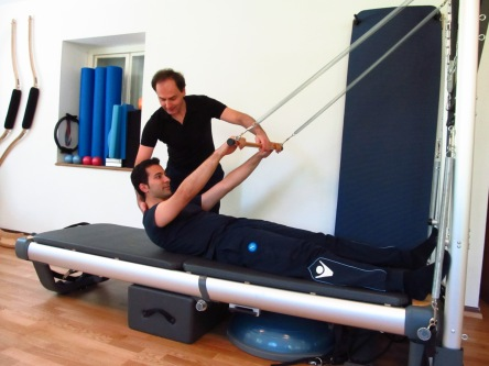 Alessandro Pilates roll down